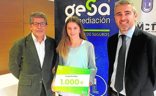 Gesa Mediación beca a la joven promesa del tenis Ariana Geerlings