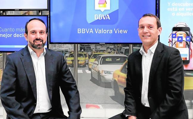 BBVA presenta la primera 'app' que permite buscar vivienda a través de realidad aumentada