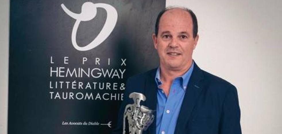 El murciano José Luis Valdés Belmar gana el premio Hemingway de relato taurino