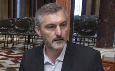 Urralburu espera que la moción a Rajoy sea «el fin del Gobierno regional»