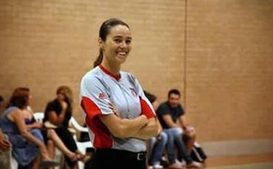 La murciana Susana Gómez, vicepresidenta de los árbitros de baloncesto