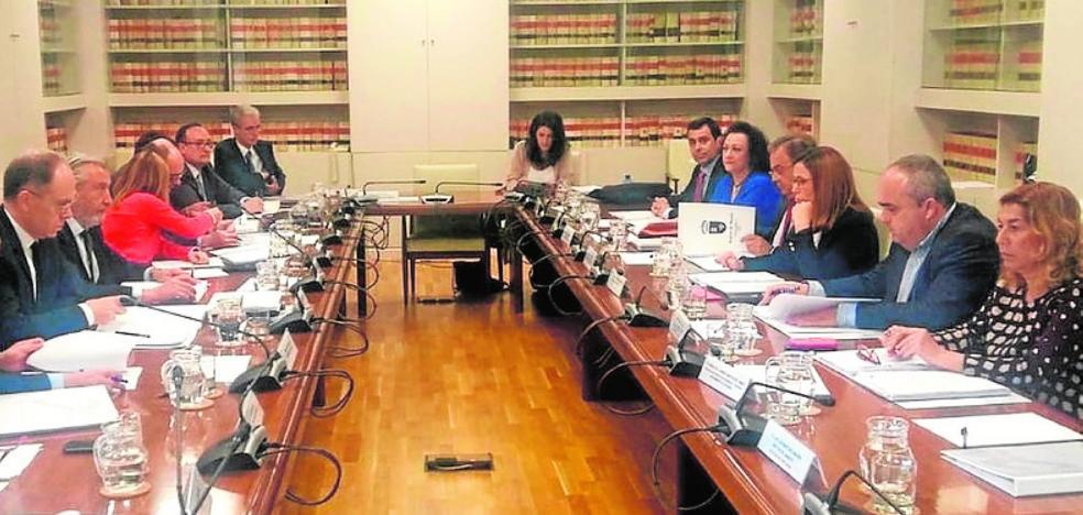 Castejón estalla: «No voy a consentir otra tomadura de pelo a los cartageneros»