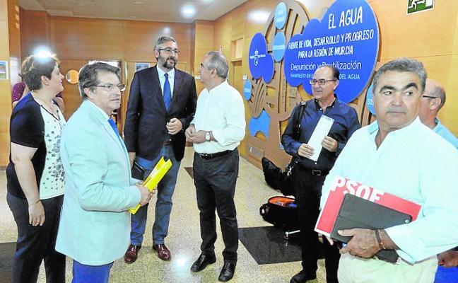 El Gobierno regional firma hoy con la oposición el primer gran pacto de la legislatura