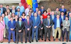 La Región firma su pacto del agua mientras La Mancha pide a Sánchez que cierre el Trasvase