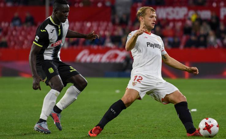 El Sevilla decide por la vía rápida (4-0)