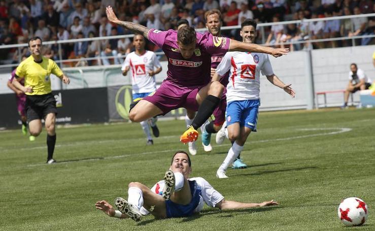 El Cartagena pierde la primera batalla por el ascenso con un gol en propia puerta en el minuto 96