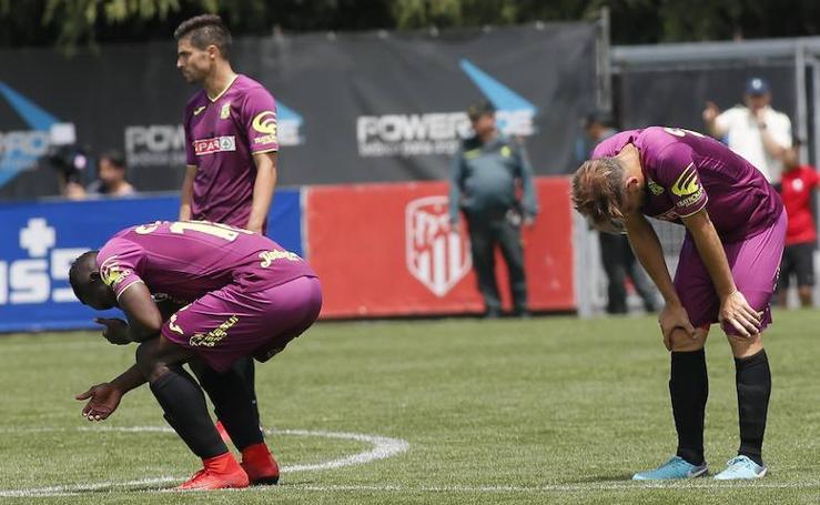 Aficionados y jugadores, desconsolados tras el pitido final