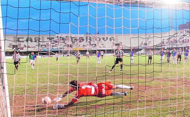 Sabino: «El penalti que me duele es el del Vecindario; los tres del Málaga dan igual»