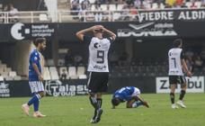 El Efesé no pudo remontar el 0-2 del Melilla