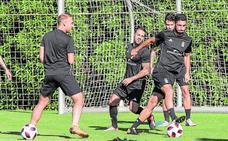 El portero Mario trabaja al margen y es duda para el partido en Sevilla