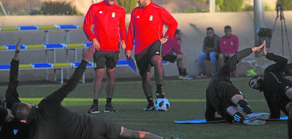 Munúa recupera a Vitolo, Mario y Fito Miranda para el domingo