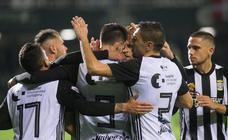 Rubén Cruz le da los tres puntos al Efesé en el último minuto