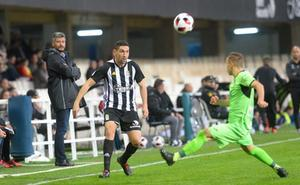 Rubén Cruz desatasca a un Efesé de 'playoff'