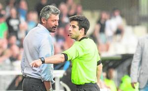 «Lo del árbitro es una barbaridad»