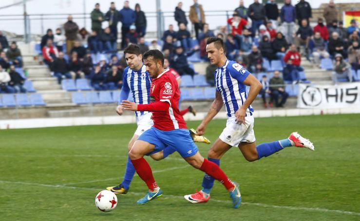 El Murcia vuelve a ser el mismo tras el parón navideño y se lleva los tres puntos de Écija (1-2)