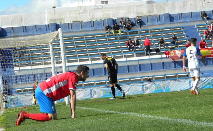 El Real Murcia consigue un empate con sabor agridulce en Marbella