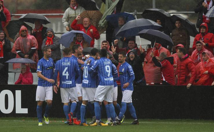 El Real Murcia gana en el tiempo añadido en Granada (1-2)