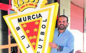 Pablo Guzmán: «Vamos a ser los comerciales del Real Murcia por toda la Región»