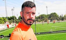 Víctor Curto: «No me voy, mi objetivo es ascender»