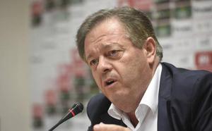 Víctor Gálvez: «Mauricio entrará al Murcia por encima de mi cadáver»