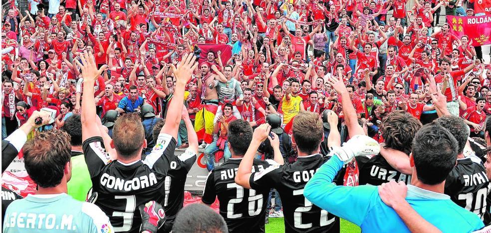 El Murcia se aferra a la estadística para creer en el ascenso