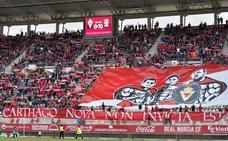 600 'tifosi' italianos se hacen accionistas del Real Murcia por valor de 10.000 euros