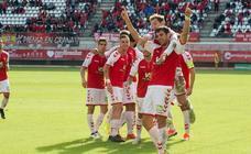 El Murcia toma impulso ante el Malagueño