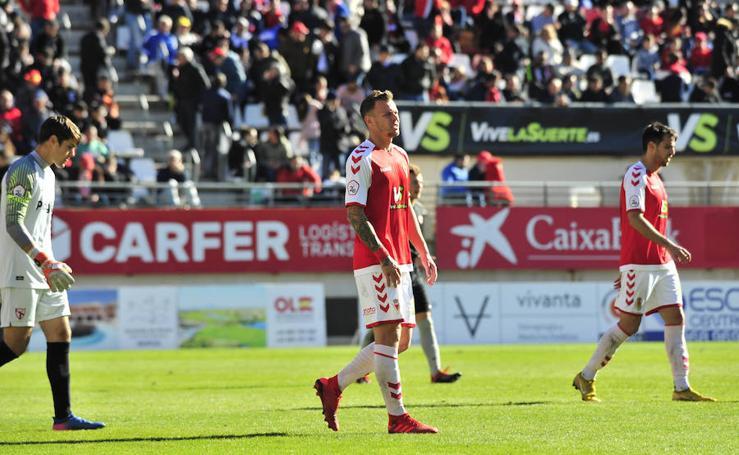 El Real Murcia logra un punto en su primer partido del año