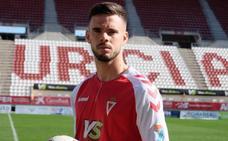Miguel Díaz: «No me lo pensé ni un momento para venir al Real Murcia»