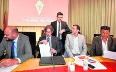 El Real Murcia no descarta hacer un ERE