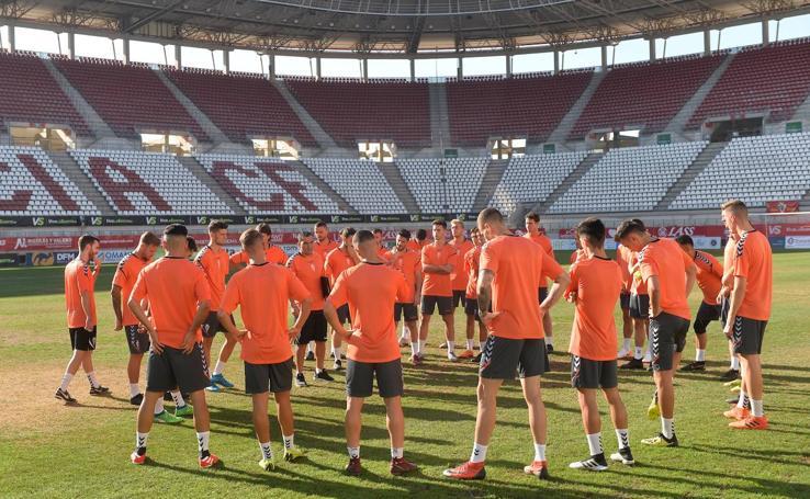 Primer entrenamiento de la temporada para el Real Murcia