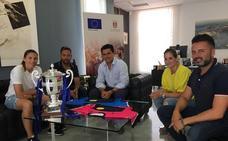 Las chicas de fútbol playa AIS Playas de San Javier se traen la copa de España