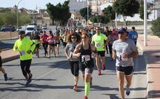 La Carrera de la Mujer se abre a atletas y a senderistas