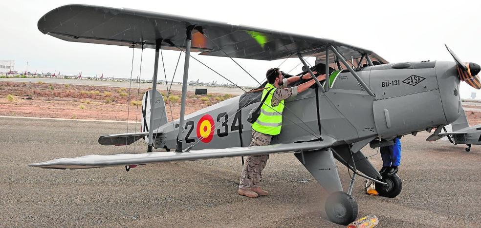 La sede del museo de aviones Infante de Orleans entra en aterrizaje