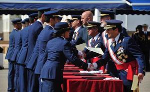 Los 111 nuevos tenientes de la AGA, llamados a «crecer ante las dificultades»