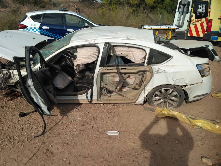 Herido tras salirse de la carretera con su coche en San Javier