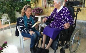 La Biblioteca gana el premio a la convivencia intergeneracional