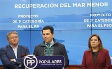 El alcalde de San Javier pide medidas «excepcionales» tras el cierre del aeropuerto