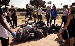 San Javier acogerá una escultura de residuos plásticos para concienciar sobre la contaminación marina
