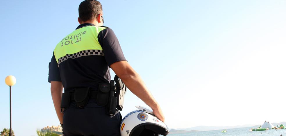 Persecución en bici por el centro de San Javier para recuperar un objeto robado