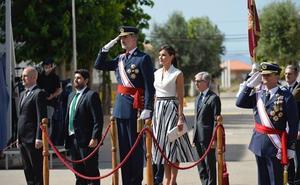 Los Reyes presiden la entrega de despachos de la AGA en San Javier