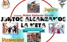 La triatleta Mabel Gallardo ofrece una charla sobre deporte y discapacidad en el colegio de La Consolación