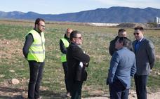 Comienzan las obras del plan de mejora en cuatro caminos rurales de Caravaca