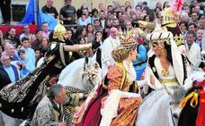 Moros y cristianos se citan para la contienda festera de los desfiles