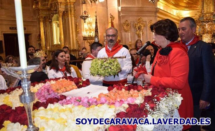 Mañana del Dos de Mayo 2018-5 Bendición Vino y Flores