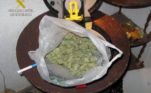 Cuatro detenidos en Caravaca en un punto de venta de marihuana