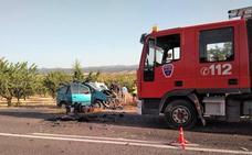 Un fallecido y cinco heridos en un choque frontal en Caravaca