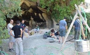 La Cueva Negra centra la atención de científicos internacionales como lugar clave para el estudio de la evolución humana