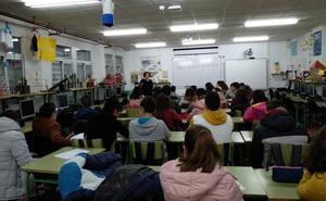Juventud desarrolla en centros de Secundaria un programa de educación afectivo sexual