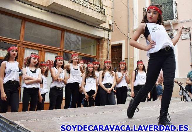 Actuación de Crazy to dance, de Dafne Academy en el Festival de las Artes del Yute - 04